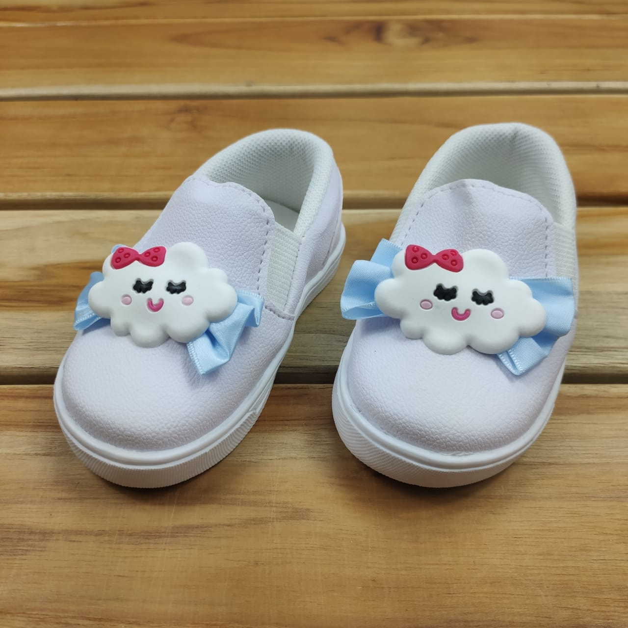 Tênis Branco Bebê Nuvem