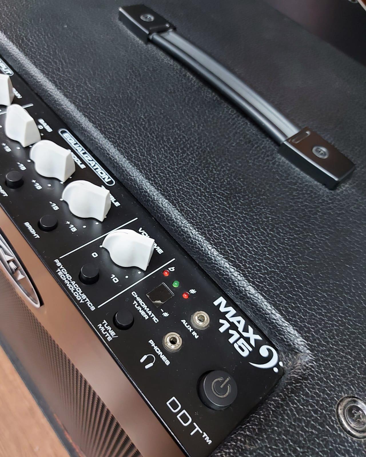 Amplificador Peavey MAX 115  - MegaLojaSP