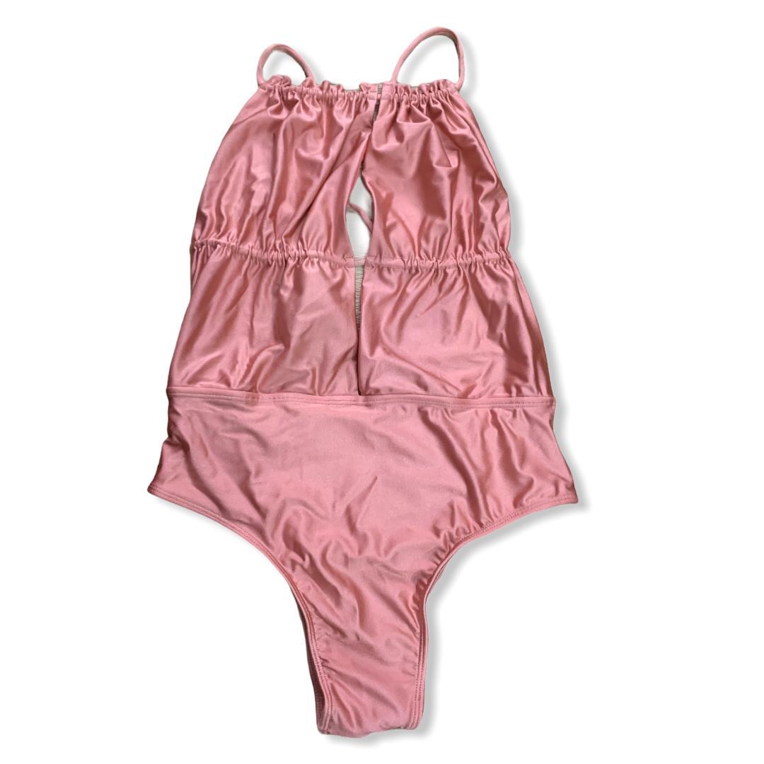 Maiô fenda rosa nude