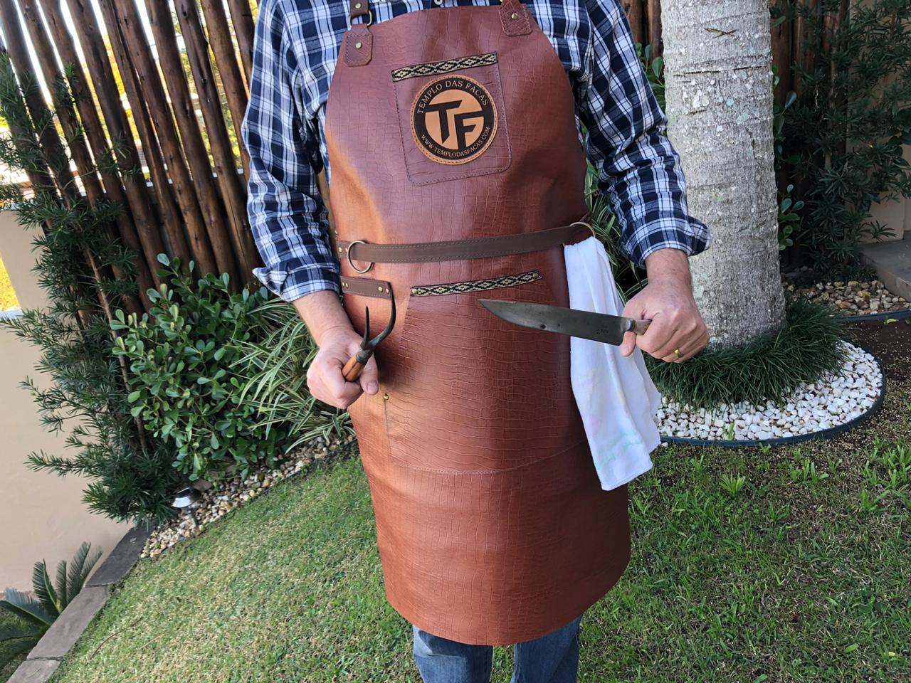 Avental para churrasco em couro