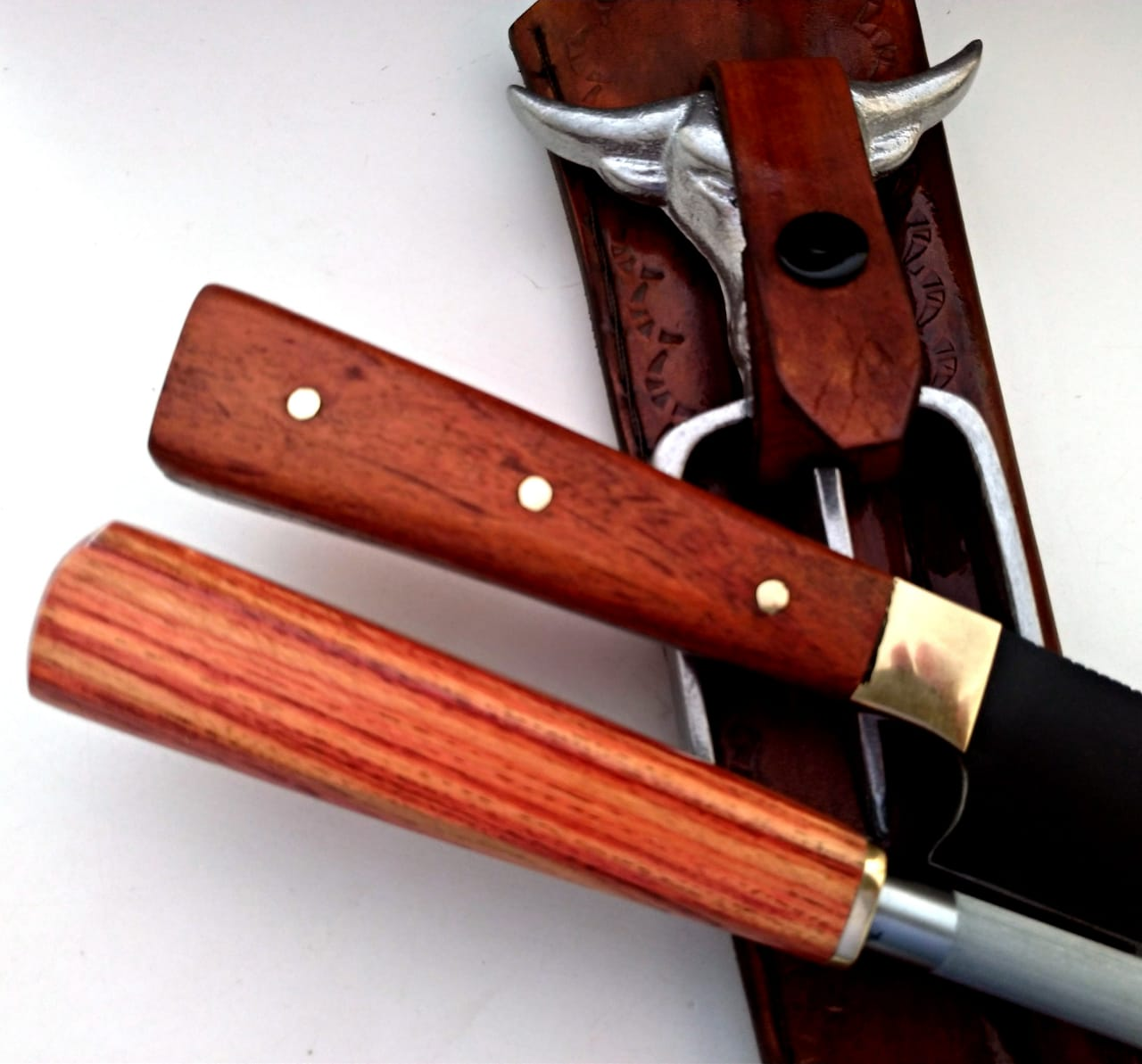 Conjunto artesanal aço carbono faca chaira e tridente