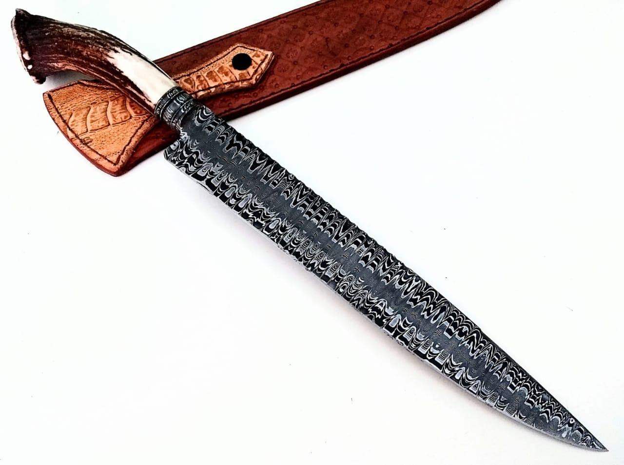 Faca artesanal campeira forjada em aço de damasco axis coroado 12 polegadas