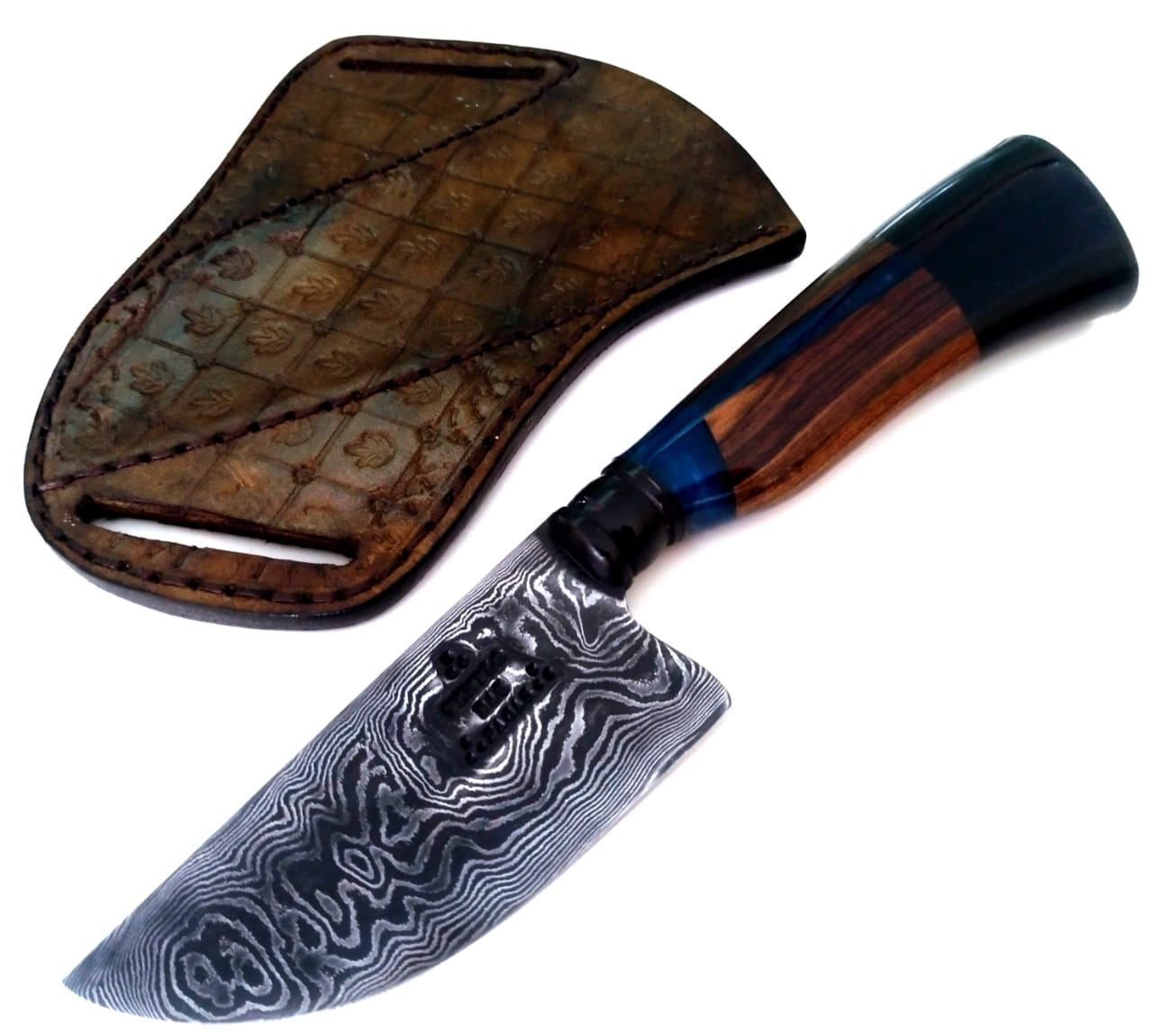 Faca artesanal charuteira forjada em aço de damasco padrão aleatório modificado 4 polegadas