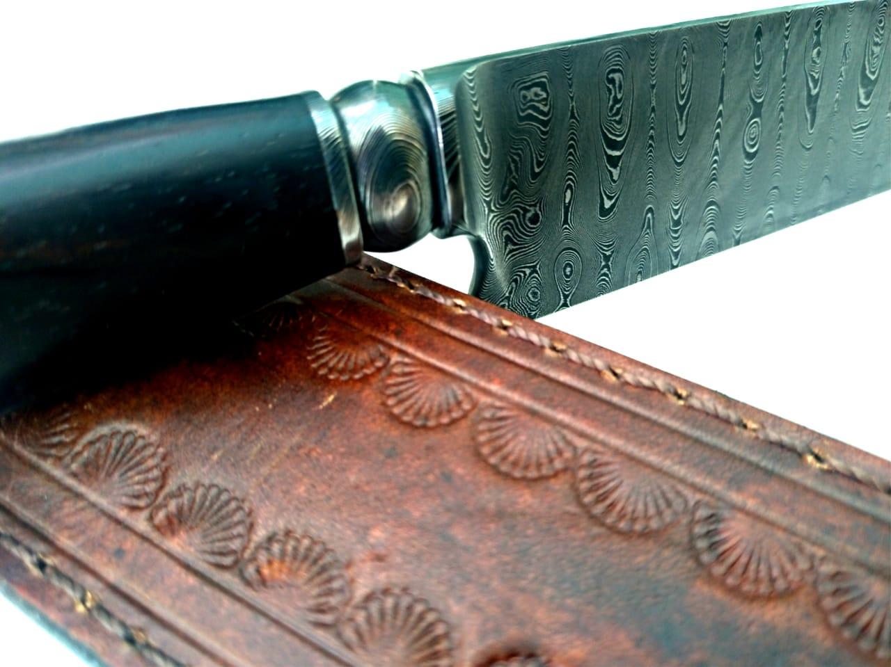 Faca artesanal forjada gaúcha em aço de damasco Ismael Biegelmeier