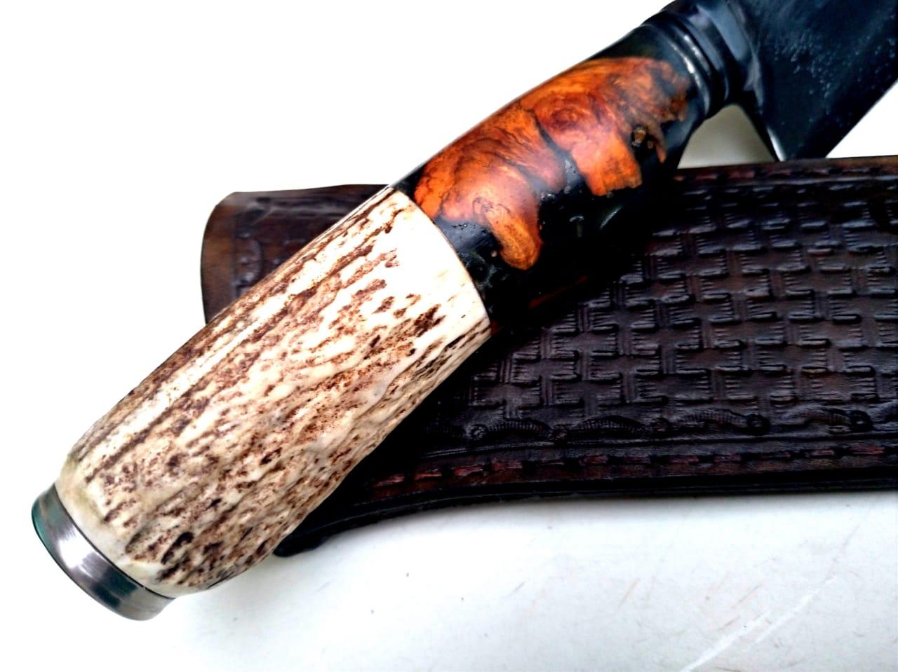 Faca artesanal forjada zaino  cabo burl maple e cervo 11 polegadas