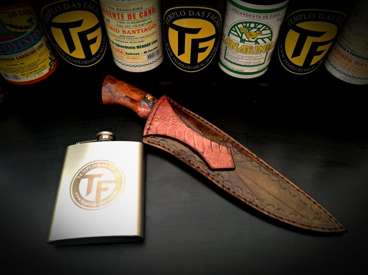 Faca artesanal gaúcha em aço de damasco padrão aleatório modificado 7 polegadas