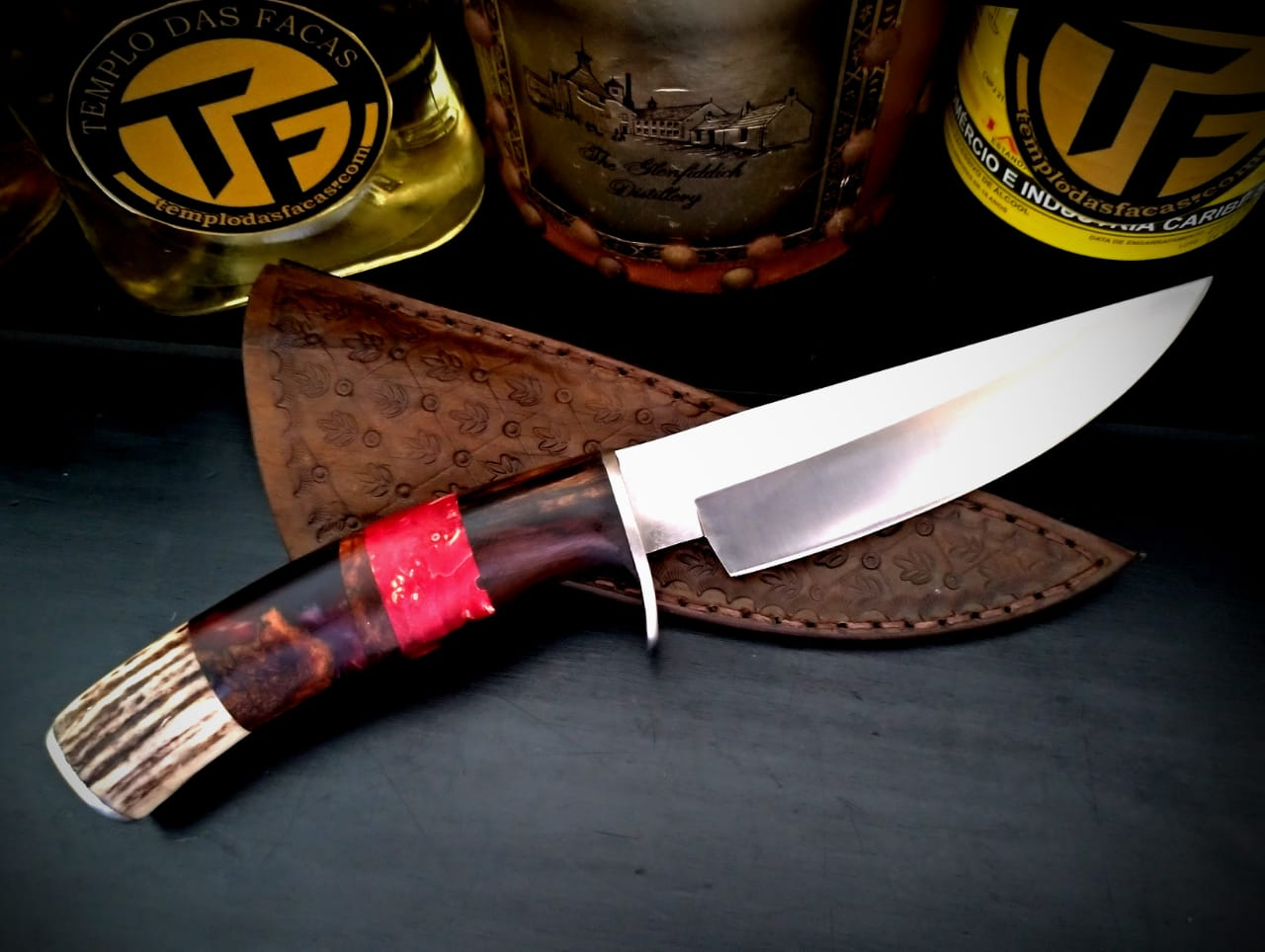 Faca artesanal inox Hunter Savage Red