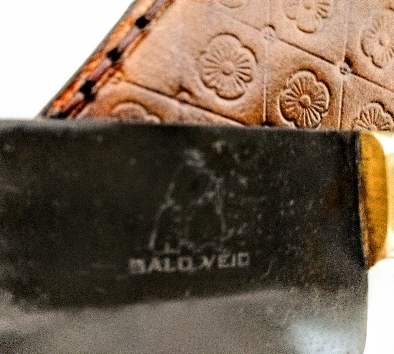 Faca campeira artesanal negra galo veio aço carbono 11 polegadas