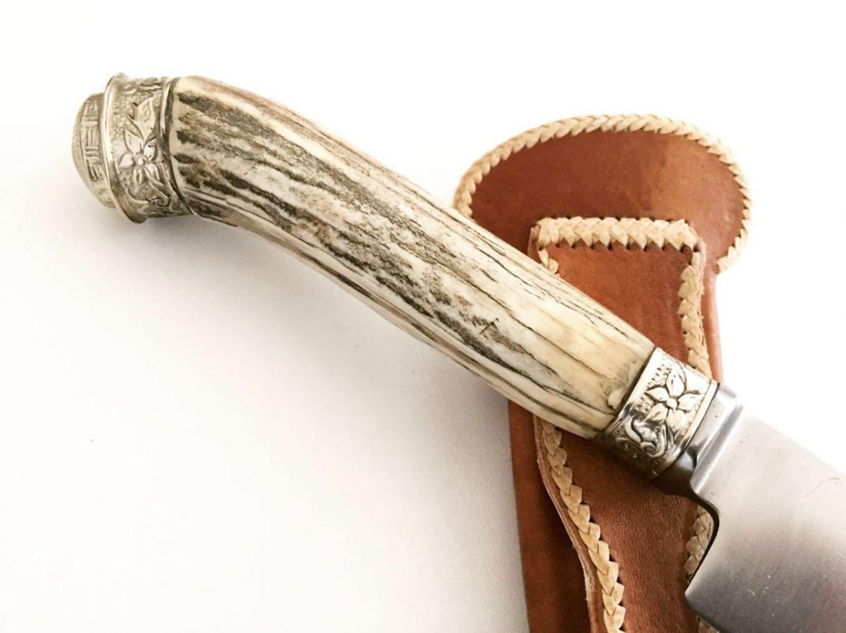 Faca artesanal forjada em aço inox cabo cervo com alpaca 06 polegadas