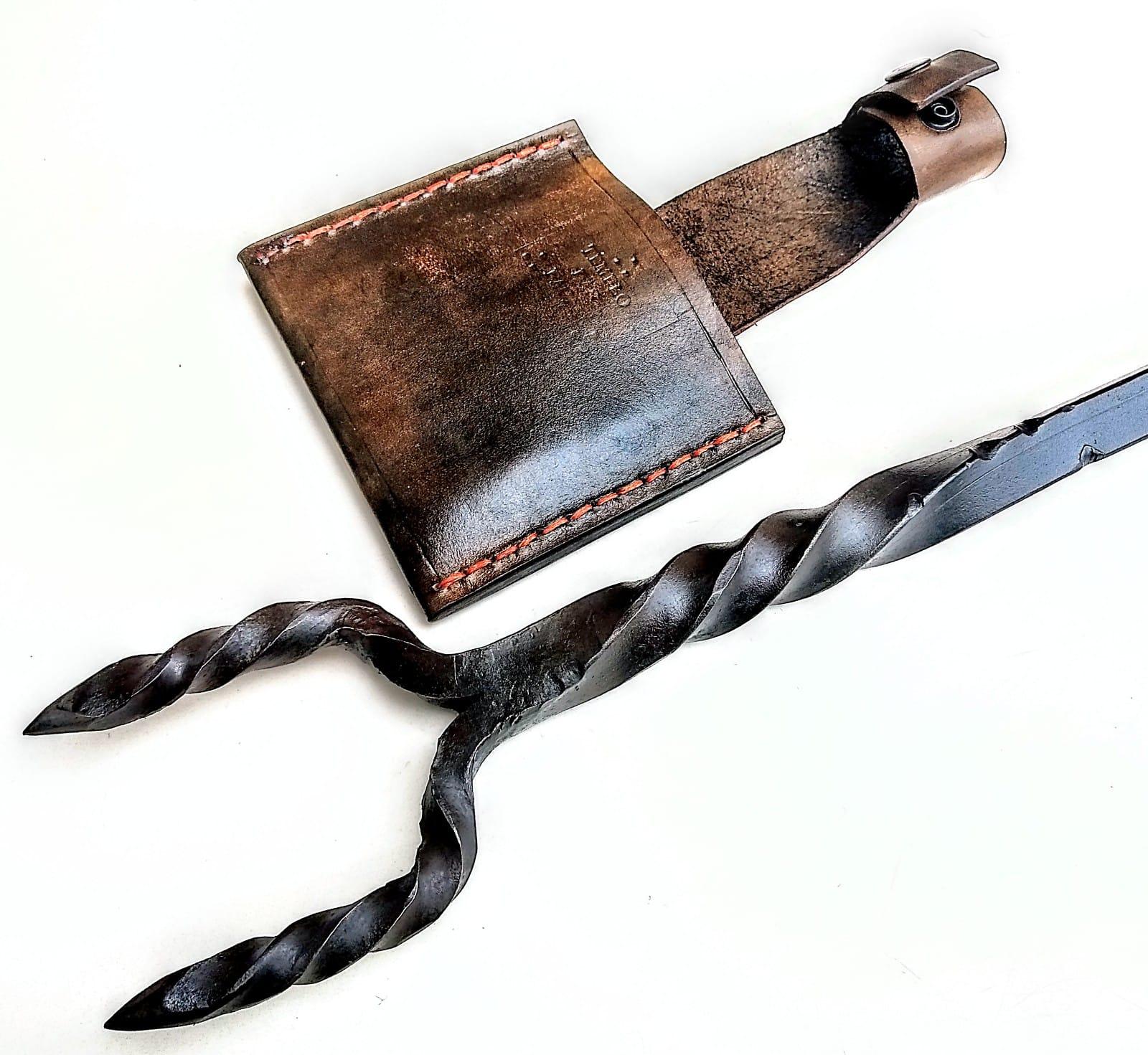 Garfão bruto forjado em aço artesanal  27 polegadas
