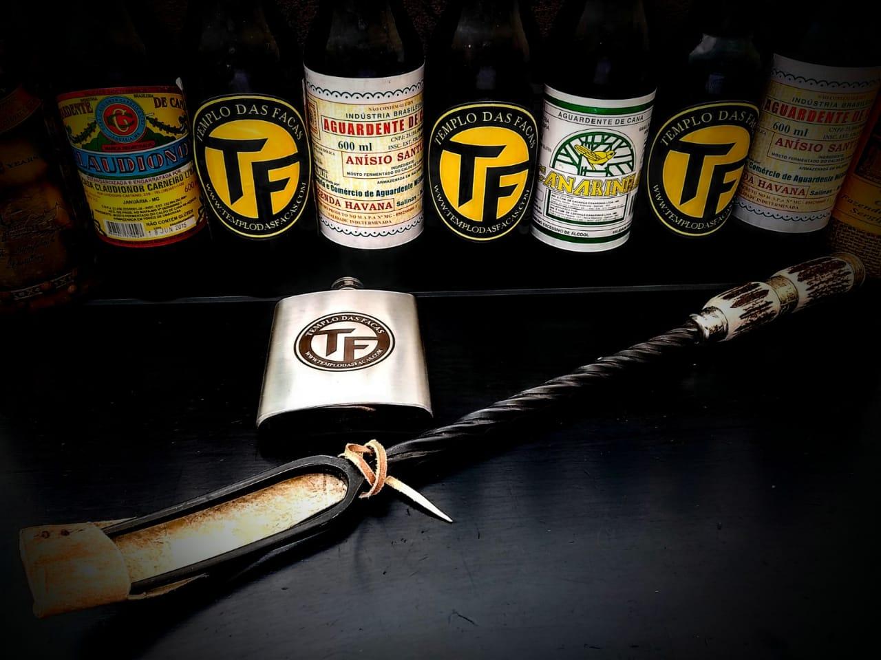 Garfo forjado artesanal em aço 20 polegadas
