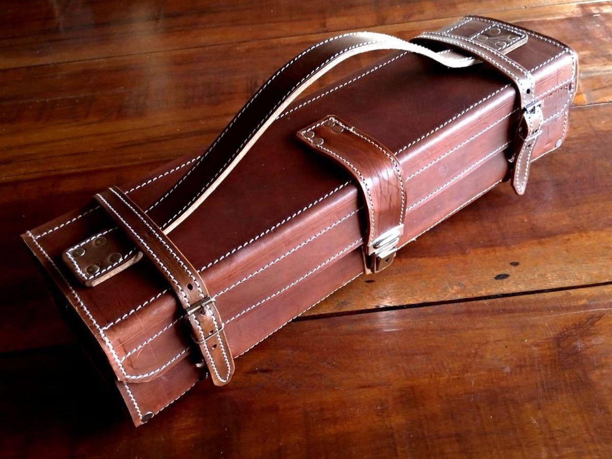 Maleta artesanal em couro TF 15