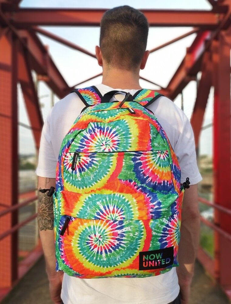 MOCHILA NOW UNITED TIE DYE GRANDE PARA NOTEBOOK
