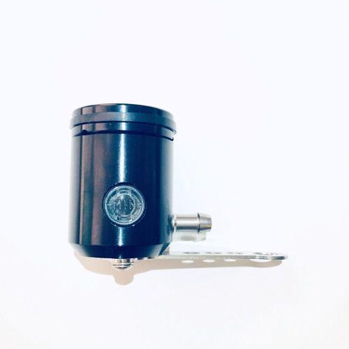Reservatório de Fluído de Freio com Visor e Saída pela Direita Preto