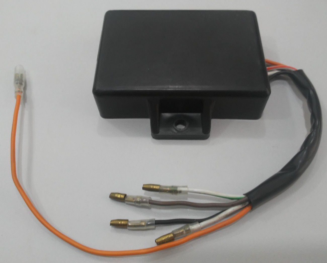 Central da Ignição CDI Modelo Similar Original Yamaha RD 135 Alimentado 12v Bateria (Elimina a bobina de força e auxiliar do estator)