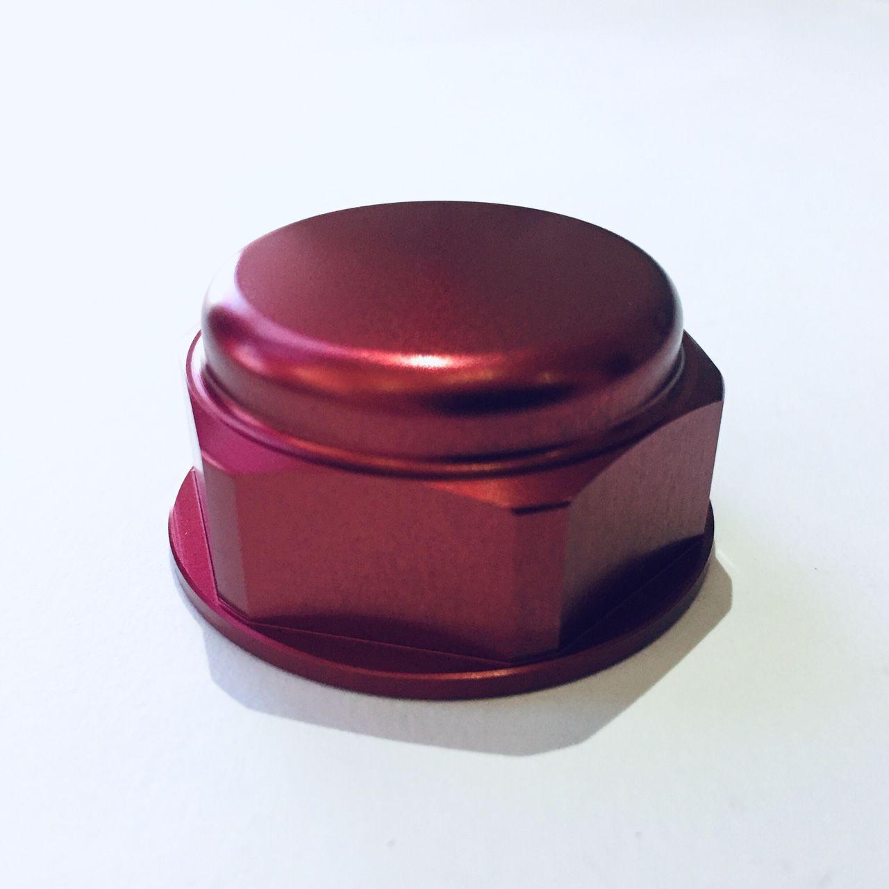 Porca central da mesa 28mm x 1.00mm Fechada Vermelho