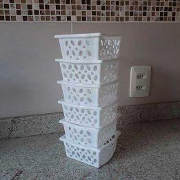Cesto Empilhável Pequeno Baixo - Kit com 6 peças