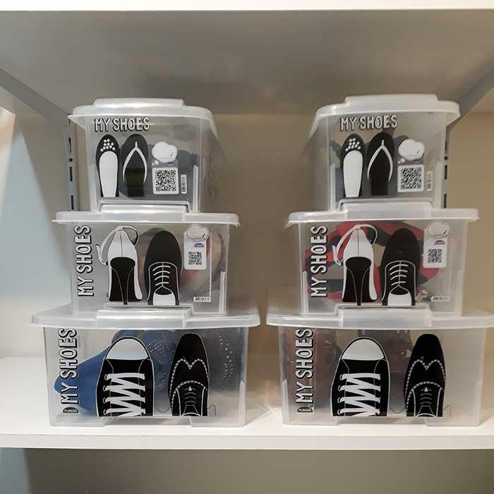 Caixa para Sapatos Empilhável Pequena com QR Code