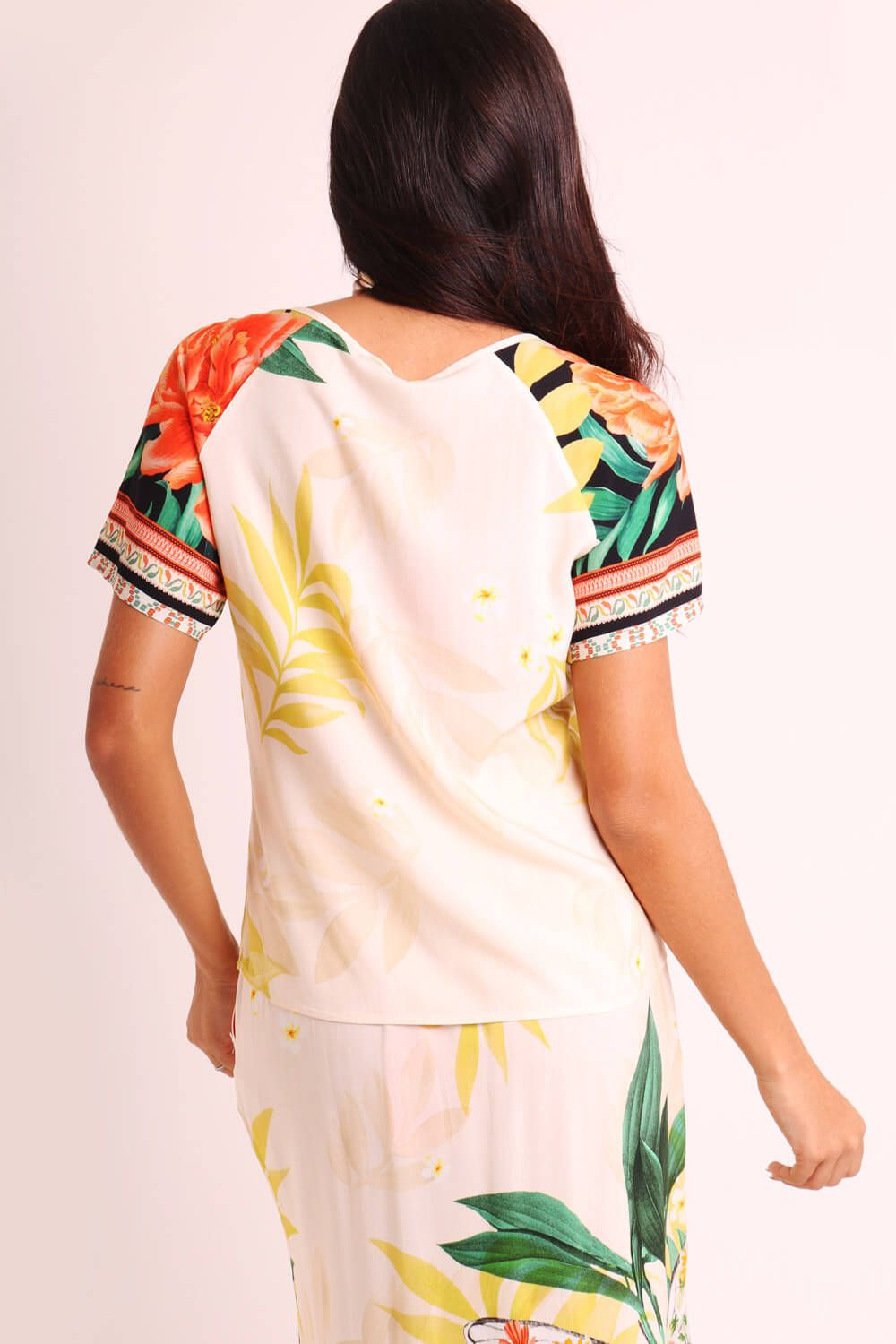 BLUSA ESTAMPADA BORBOCHITA OFF WHITE*
