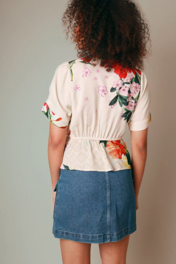 BLUSA ESTAMPADA FLORAL DEGRADÊ OFF WHITE