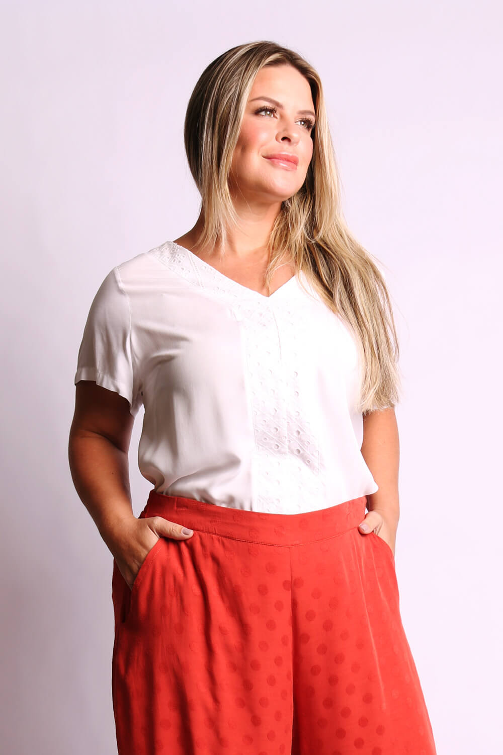 BLUSA LISA  PLUS SIZE MIX LAISE BRANCA