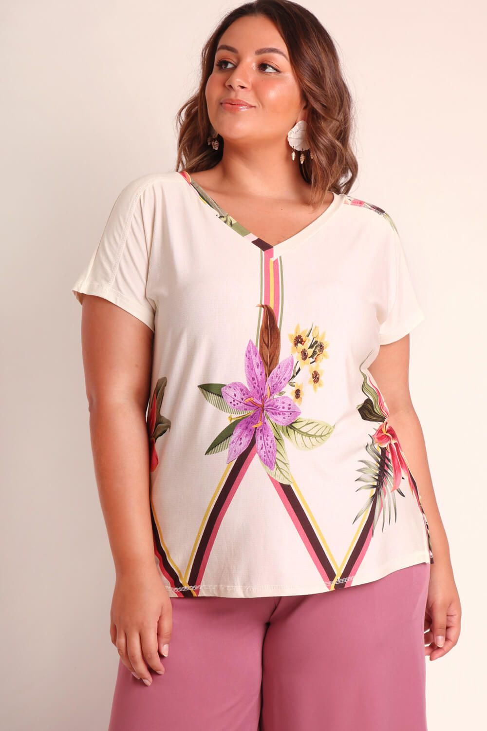 BLUSA PLUS SIZE ESTAMPADA ORQUIDÁRIO OFF WHITE