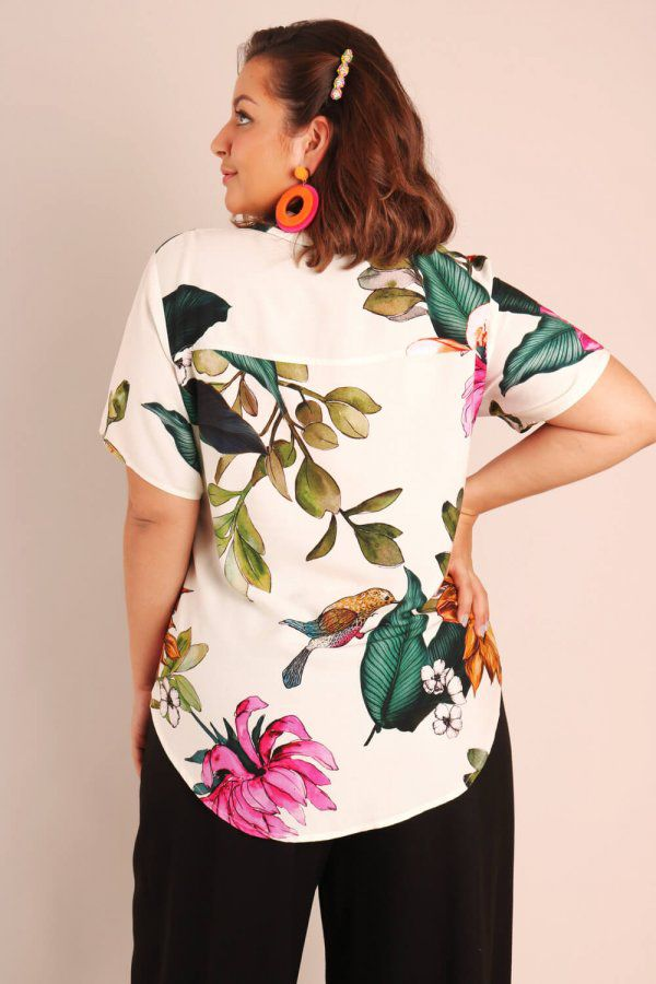 CAMISA PLUS SIZE ESTAMPADA ALEGRIA OFF WHITE