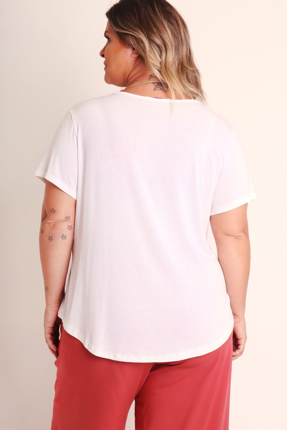 CAMISETA KIT PLUS SIZE BRANCA