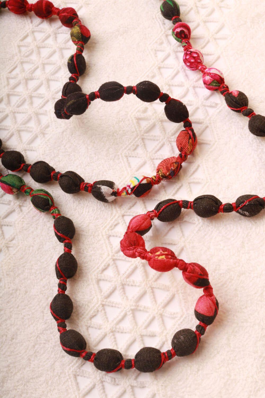 Colar Multicolorido Preto