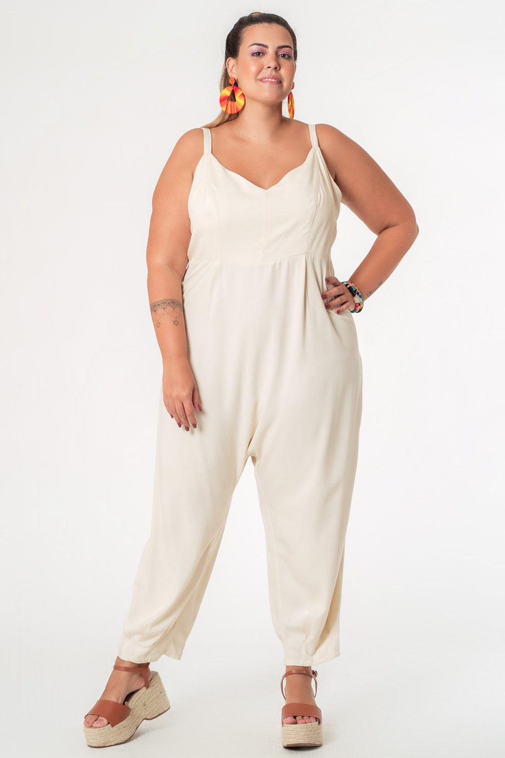MACACÃO LISO TWILL PLUS SIZE OFF WHITE