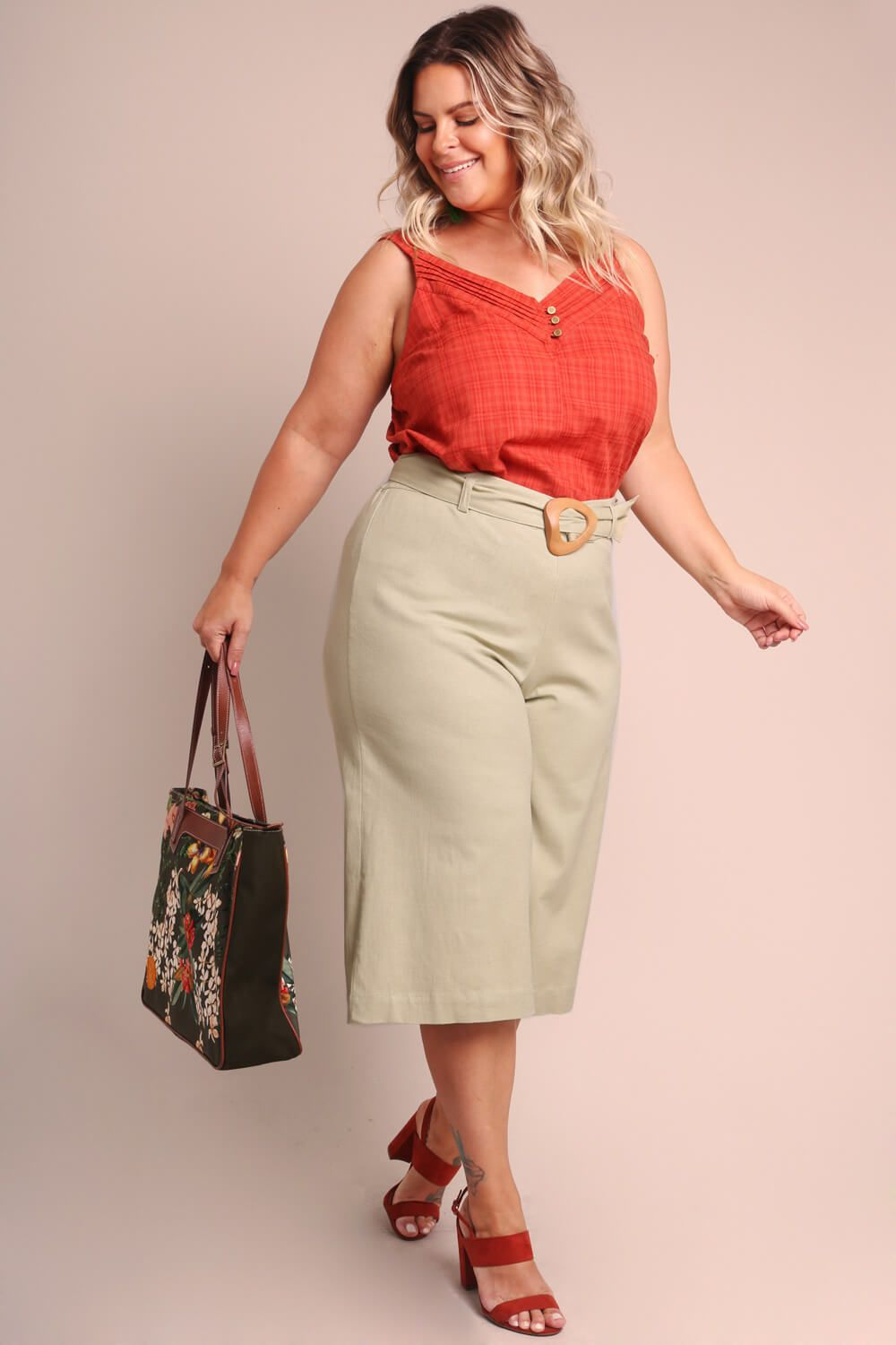 PANTACOURT PLUS SIZE LISA MENTA
