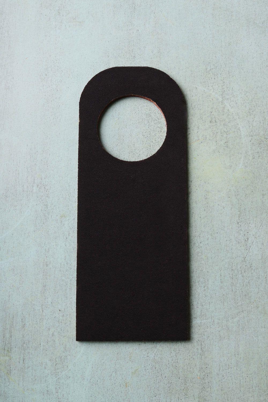Placa de Porta Estampada Serena