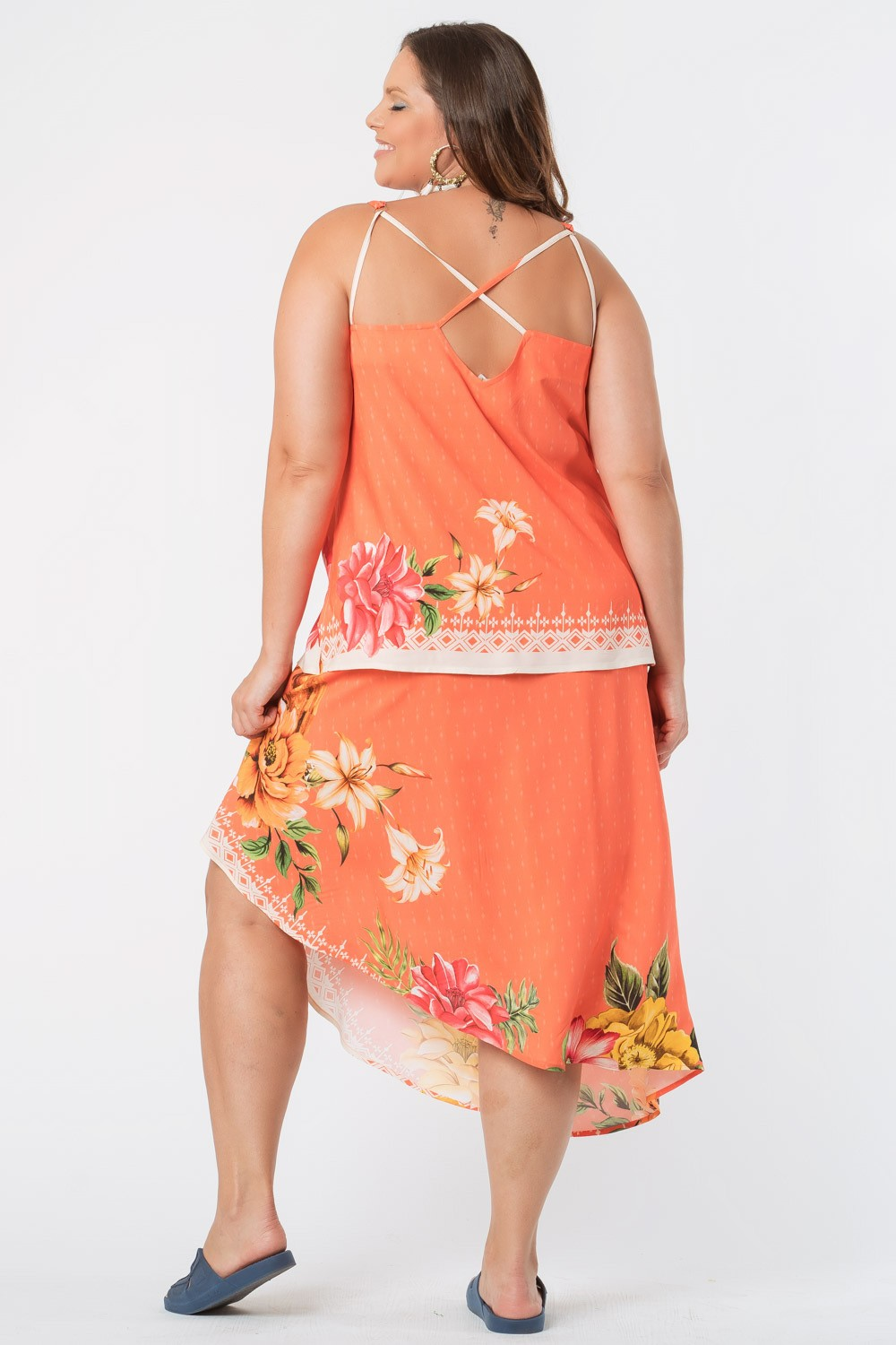 REGATA ESTAMPADA PLUS SIZE ARARA CORAL