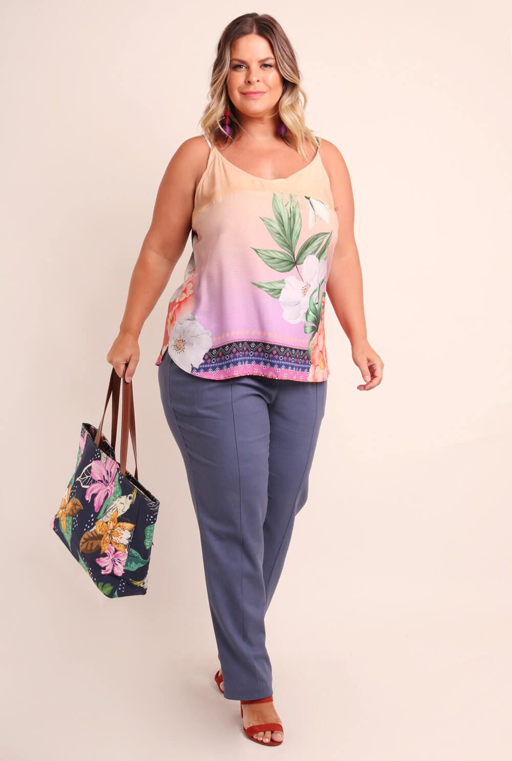 REGATA PLUS SIZE ESTAMPADA ENTARDECER DEGRADÊ