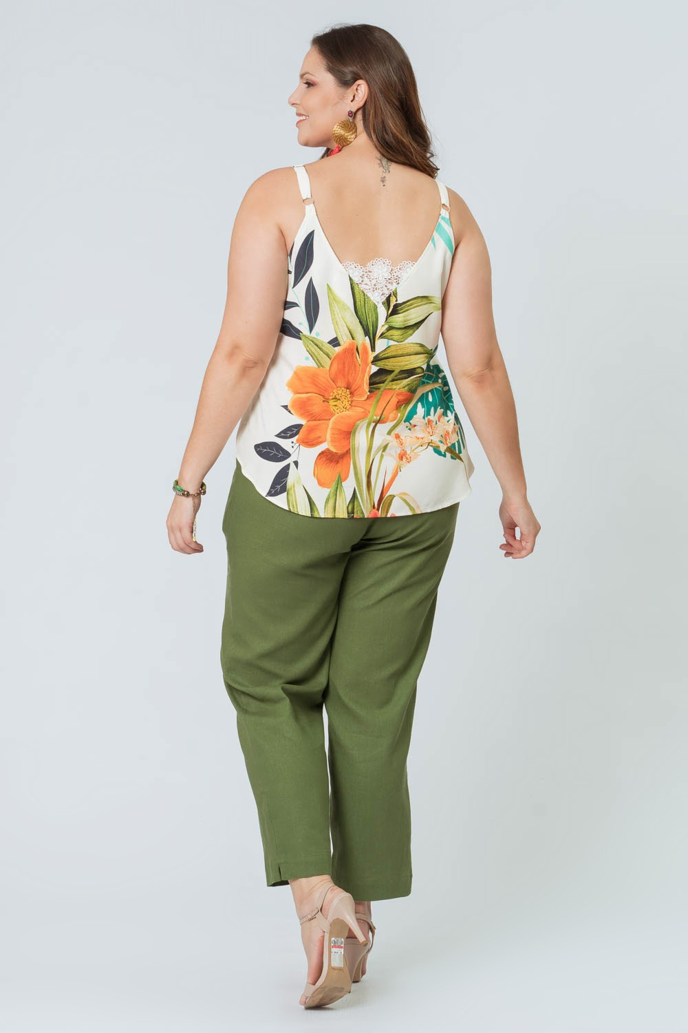 REGATA ESTAMPADA PLUS SIZE FLOR D'ÁGUA OFF WHITE