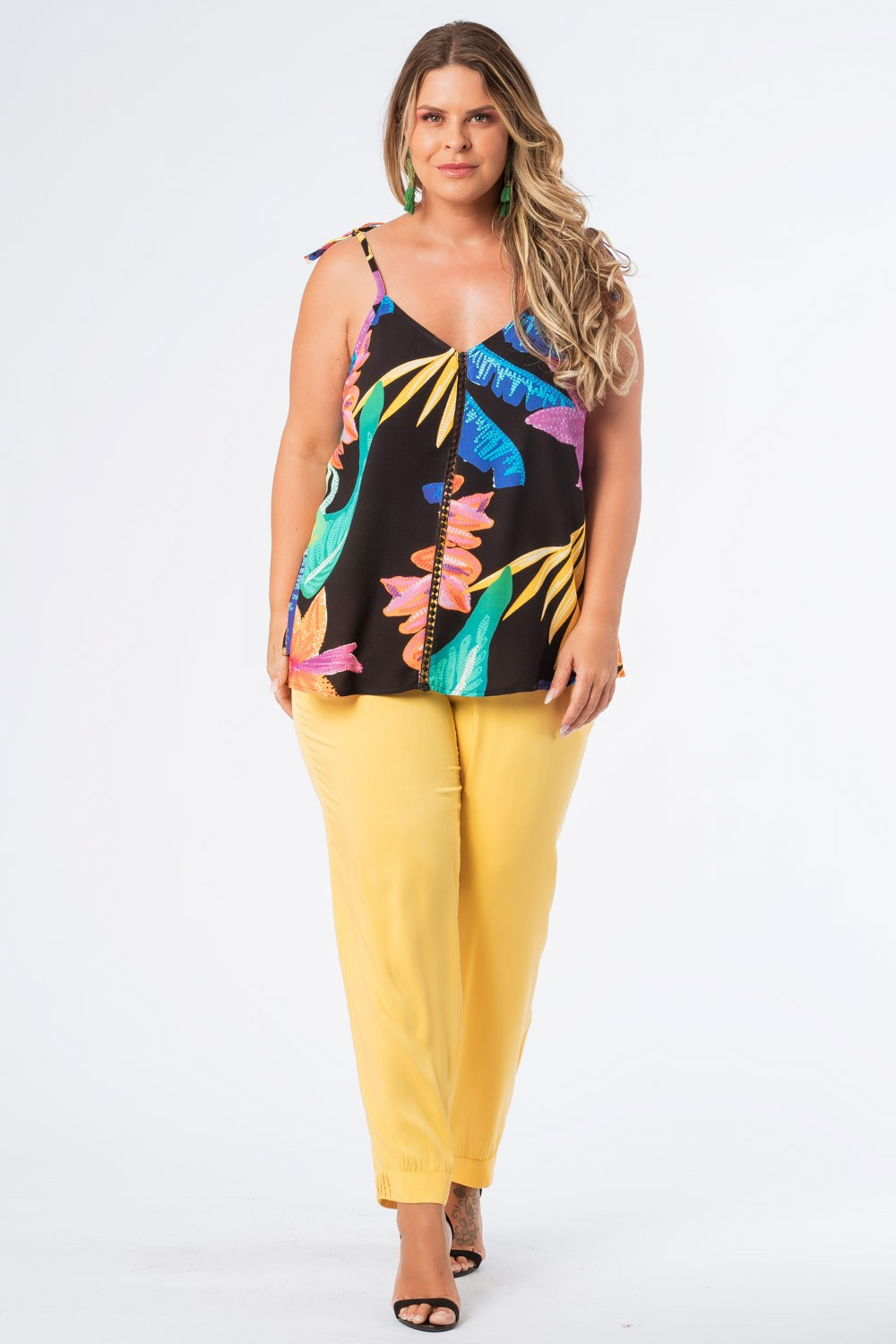 REGATA PLUS SIZE FRUTACOR PRETO