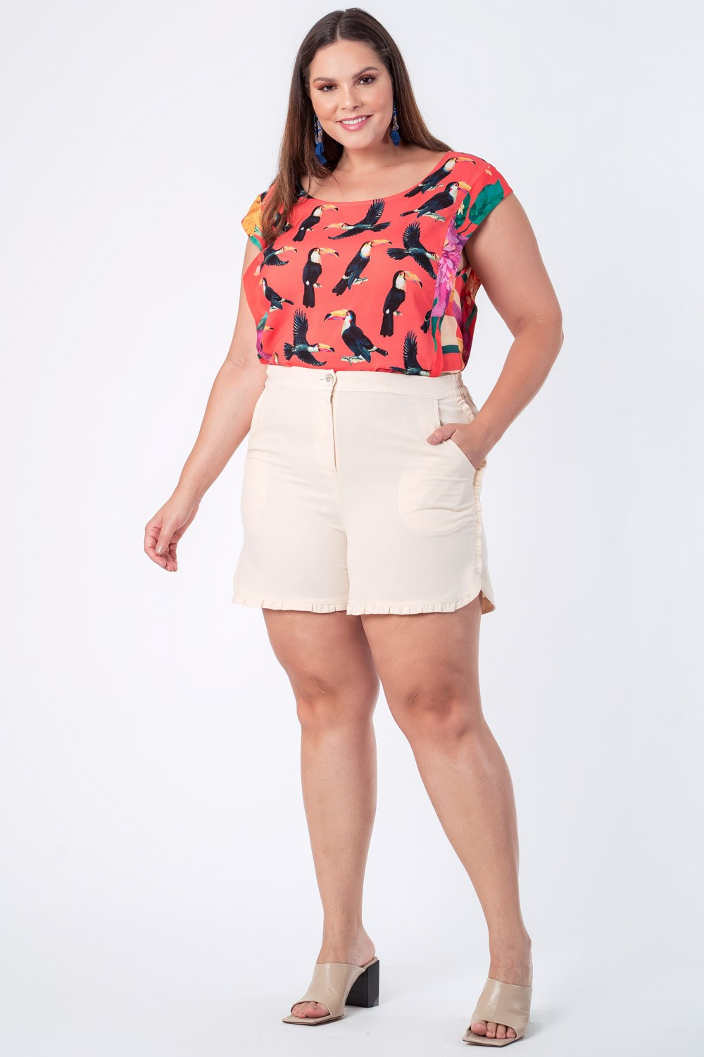 SHORTS LISO LINHO PLUS SIZE OFF WHITE