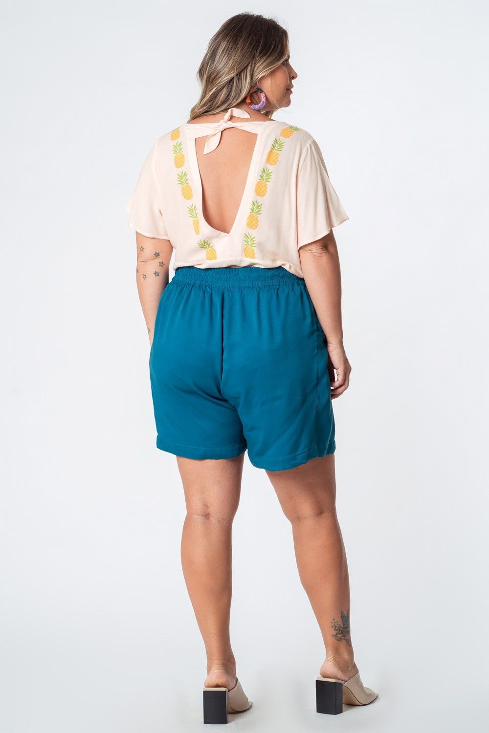SHORTS LISO TWILL RAYON PLUS SIZE AZUL