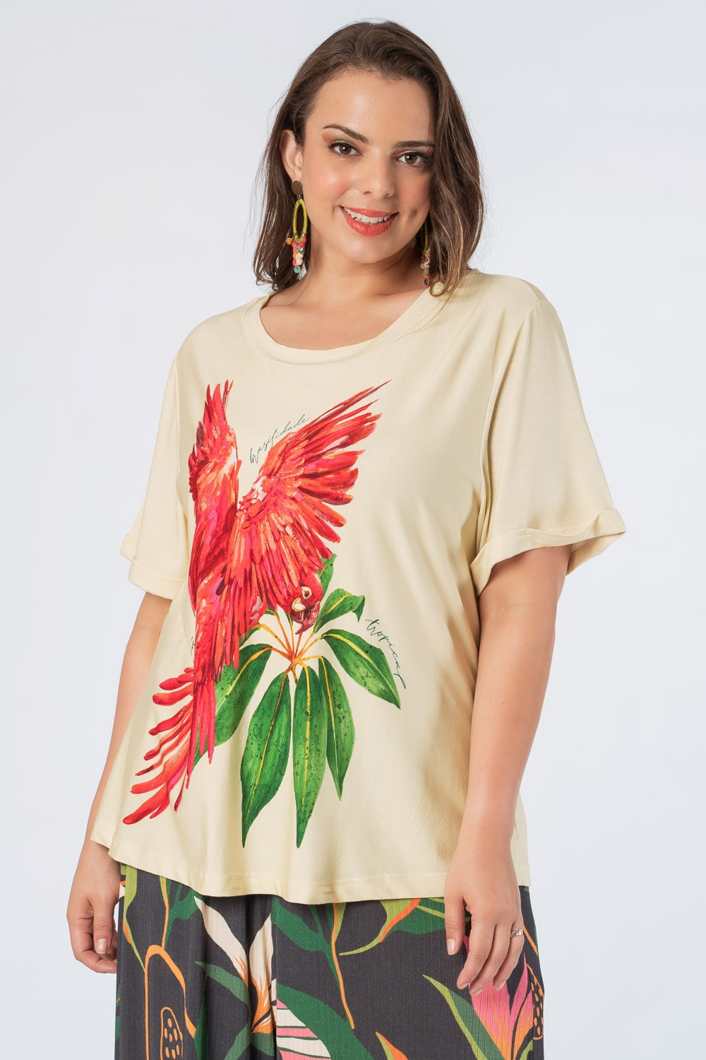 T-SHIRT ESTAMPADA ARARA PLUS SIZE OFF WHITE