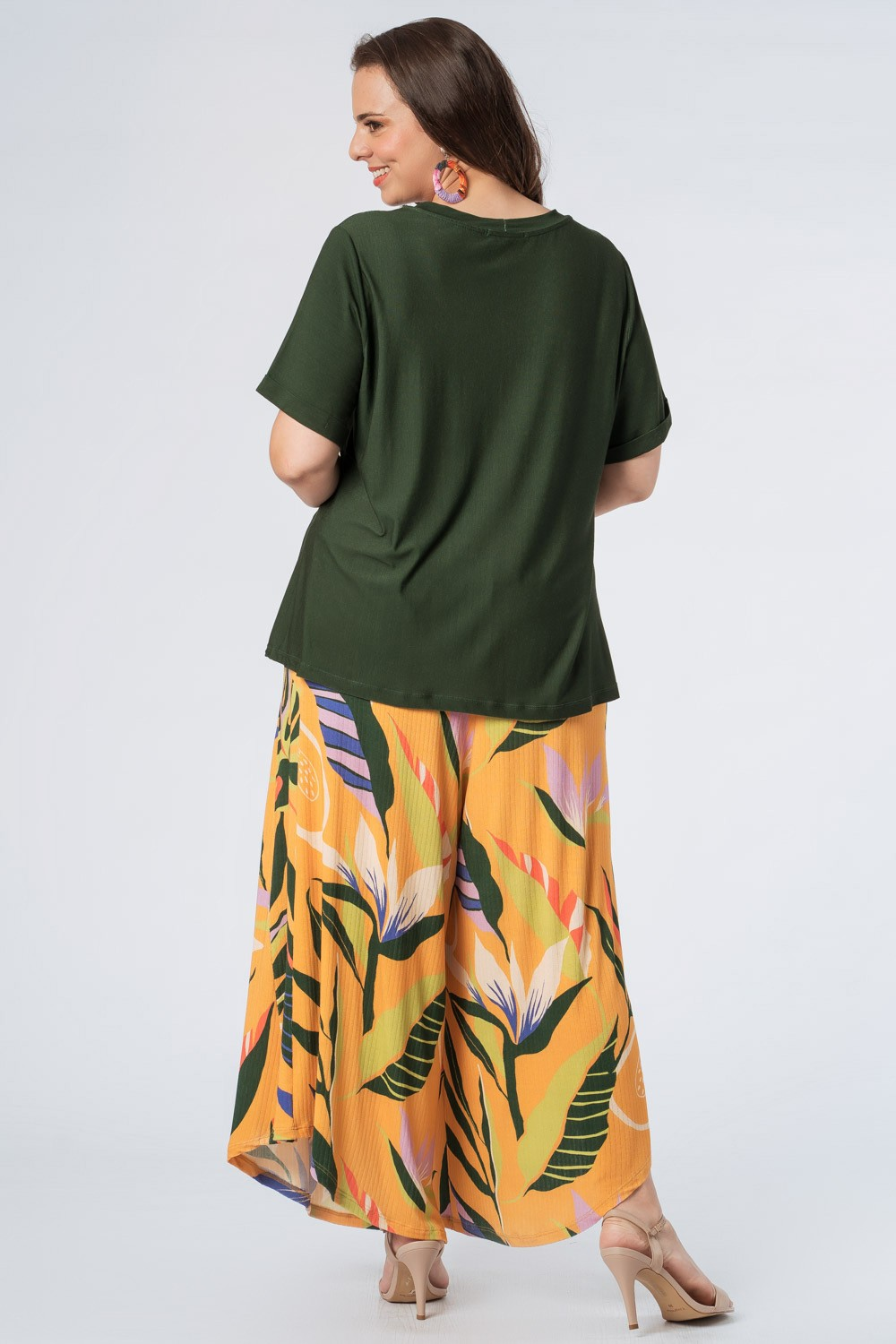 T-SHIRT ESTAMPADA ARARA PLUS SIZE VERDE