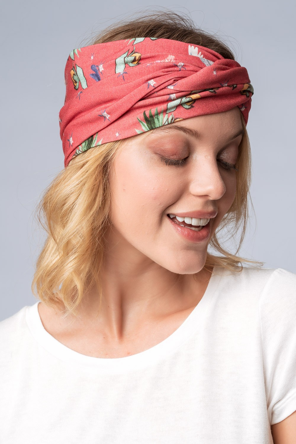 TURBANTE ESTAMPADO ARRANJO CORAL