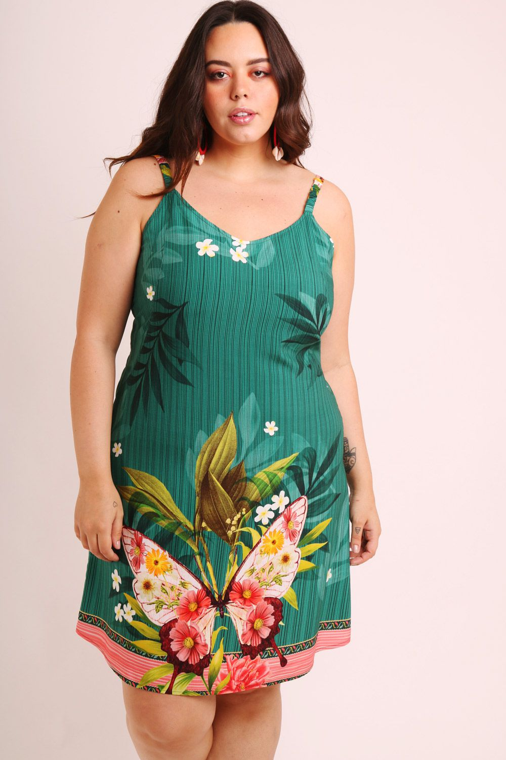 VESTIDO PLUS SIZE ESTAMPADO BORBOCHITA VERDE