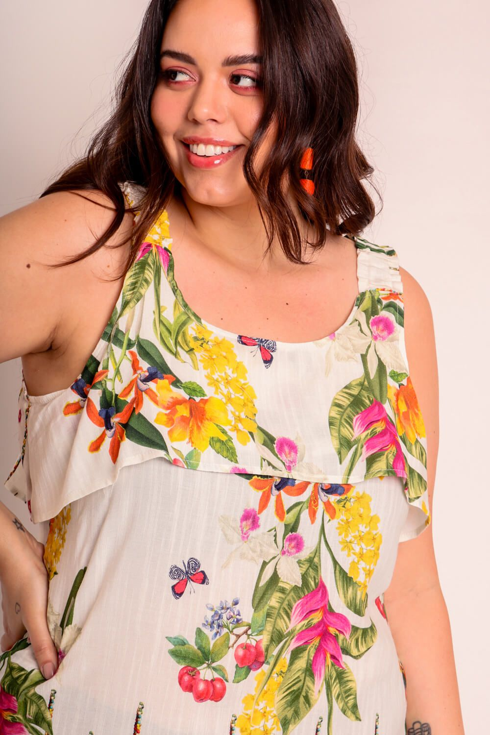 VESTIDO PLUS SIZE ESTAMPADO CARAÍVA OFF WHITE