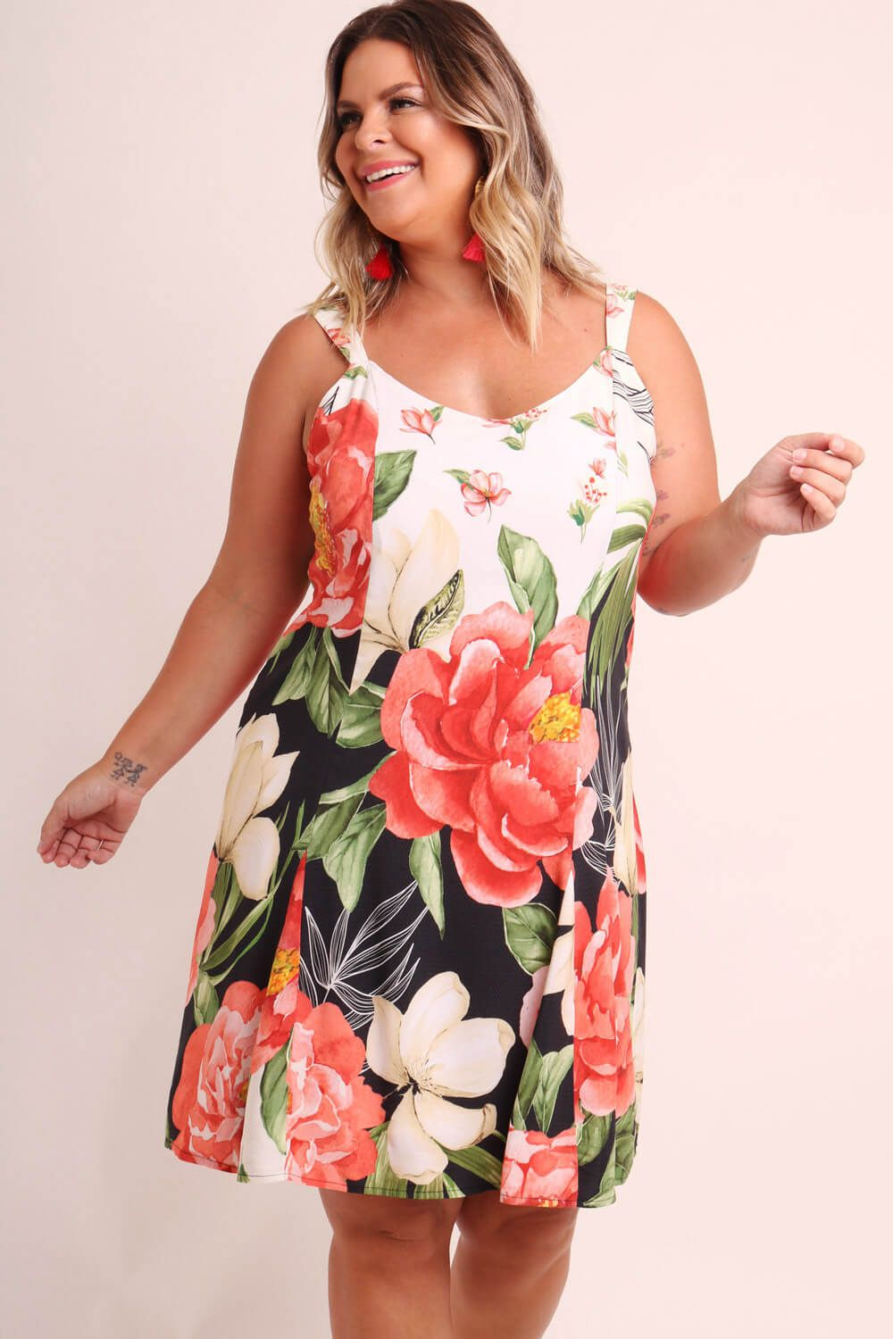 VESTIDO PLUS SIZE ESTAMPADO MIX FLORAL OFF WHITE