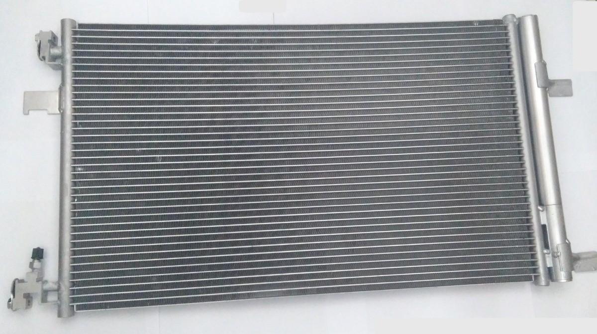 Condensador Chevrolet Cruze  1.8 - Denso