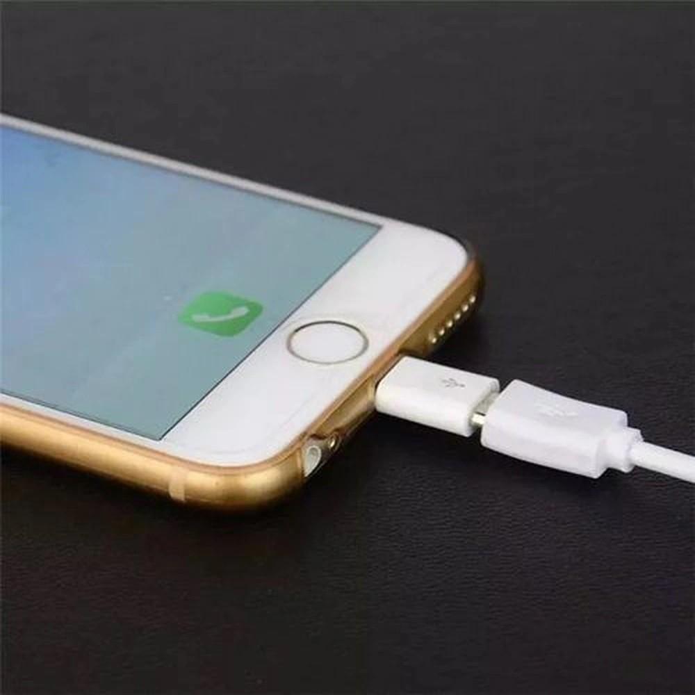 Adaptador de Carregador V8 Android para iPhone Lightning -  Micro USB V8 para Lightning