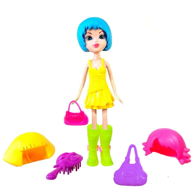 Boneca Julia Troca Cabelo e bota com acessórios Fashion