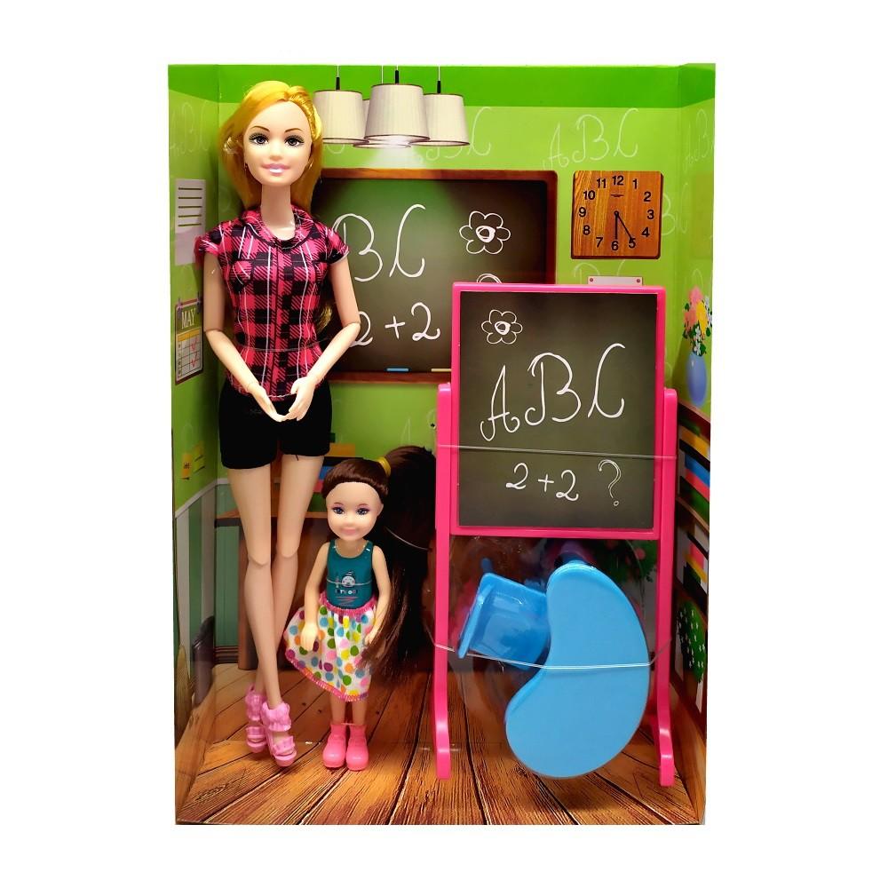 Boneca Professora Loira e Aluna com Lousa Mesa Cadeira Kit com 5 peças