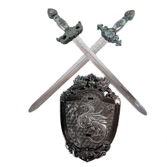 Brinquedo Kit Medieval Com Duas Espadas e um Escudo  Fantasia de Luta