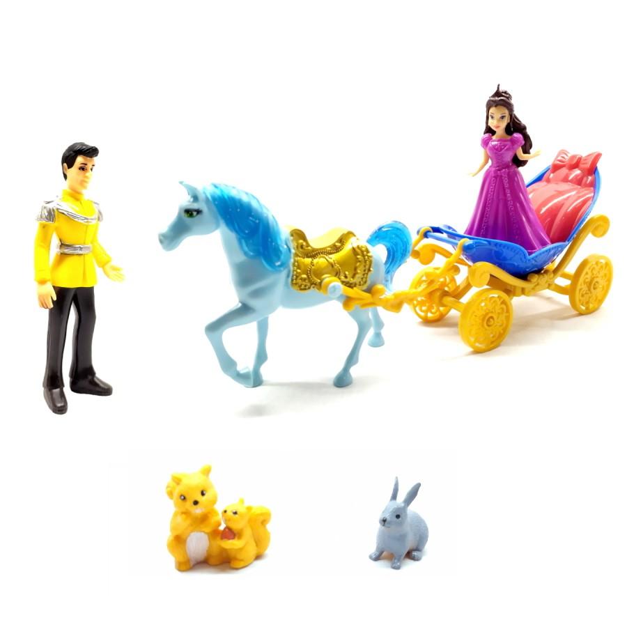 Carruagem Real com Boneca Princesa Príncipe Cavalo e Animais com 7 peças